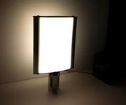 LED šviečianti reklaminė iškaba atitvarams.
