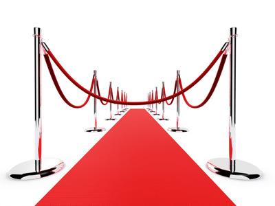 Atitvarai - grindų stovai su virvėmis, skirti eilėms ir eksponatams atitverti.
