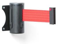 Kasetė su raudona juosta praėjimo užtvėrimui.
