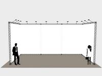Didelis parodų stendas su vientisuu tentu leidžia paslėpti galines konstrukcijas.